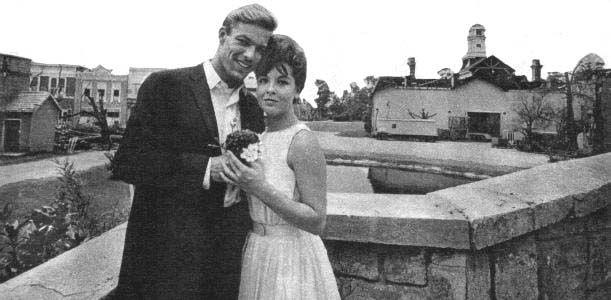 Richard Chamberlain and Clara Ray